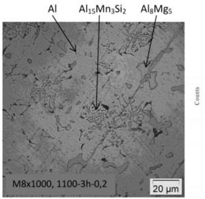 Hình 6. ảnh hiển vi quang học mẫu M8:1100 oC, 3 giờ, 0,2 lít/phút